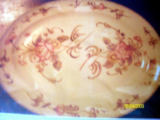 peinture sur porcelaine de  Maria