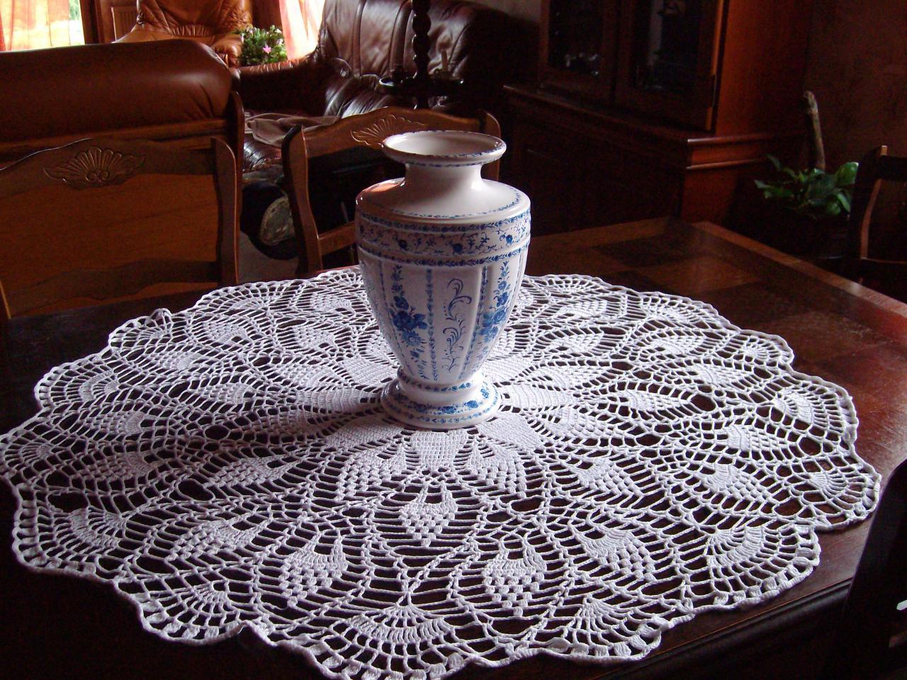 Grand Napperon Au Crochet avec grand napperon au crochet